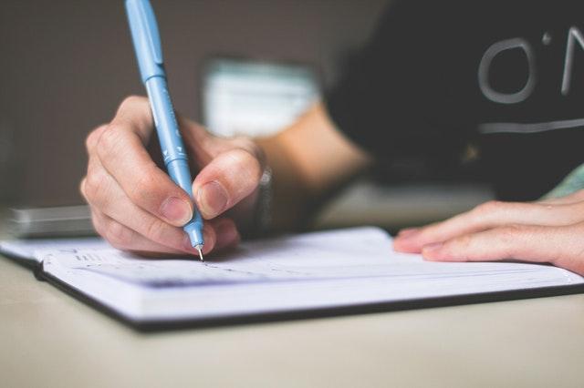 Praca licencjacka jak pisać?